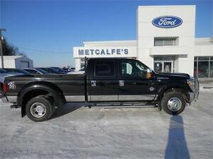 2013 Ford Super Duty F-350 DRW Lariat-Loaded!!