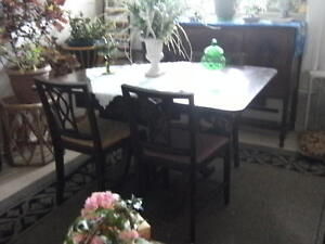 Antique Dinningroom Table Gatineau Ottawa / Gatineau Area image 3