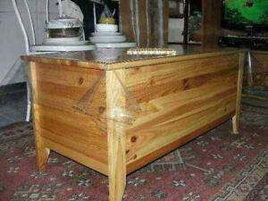 divers meubles de très haute gamme