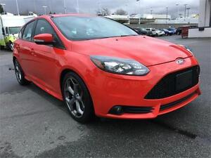 2014 FORD FOCUS ST TURBO- MINT CONDITION