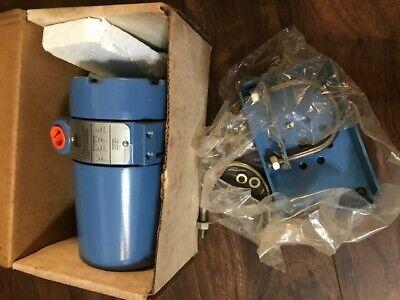 Rosemount Model 0444rl2u1c2i5temperature Transmitter Sensor New