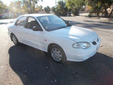 1999 Hyundai Lantra SE White Solid 5 Speed Manual Sedan Alberton Port Adelaide Area Preview