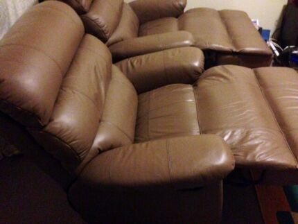 2 LEATHER RECLINERS  Belmore Canterbury Area Preview