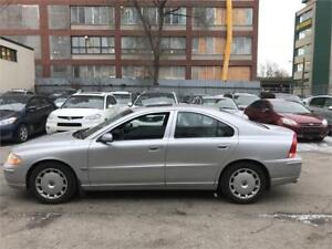 2005 Volvo S60 2.5T Cuir, Toit ouvrant, Mags, Cruise controle