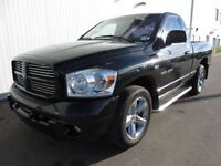 2007 Dodge Ram 1500 Reg Cab 4X4 HEMI Financing Available!