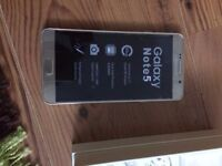 SAMSUNG N920 ,NOTE 5, GOLD, 32 GB, UNLOCKED , EXCELLENT CONDITION, IN ITS ORIGINAL BOX N ACCESSORIES