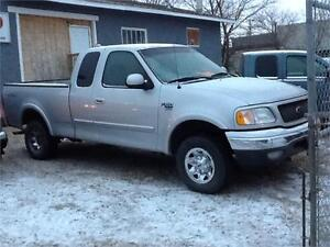2002 FORD 4X4 216KMS $5000  1831 SK AVE