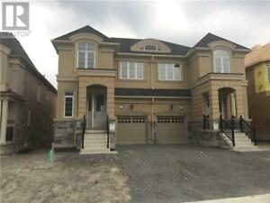 108 FOREST EDGE CRES East Gwillimbury, Ontario