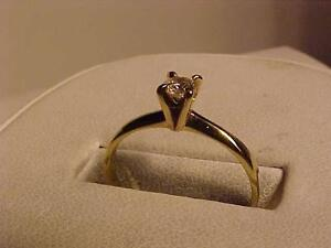 #3154-18K Y/Gold DIAMOND-VS2 SOLITAIRE ENGAGEMENT RING-APRAISED $1,550.00 sell-$545.00-LAYAWAY AVAIL-EMAIL BANK TRANSFER