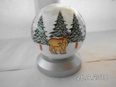 Glaskugel Rehe auf LED-Licht, Weihnachten, ca. 9cm