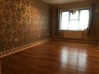 Spacious 2 bedroom apartment near Slough Train Station