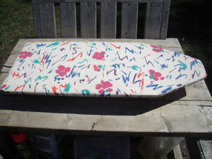 Very Good Condition: Portable Folding Ironing Board