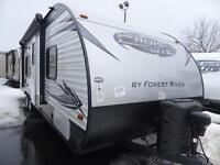 2015 FOREST RIVER SALEM CRUISE LITE 261BH