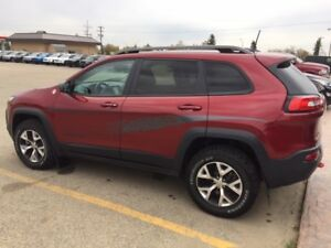 2016 JEEP CHEROKEE TRAILHAWK!! VERY NICE!!