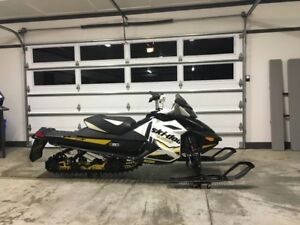 2012 Skidoo Renegade Backcountry X