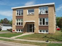 71 LEFURGEY – 2 BDRM APARTMENT – CLOSE TO HOSPITAL - OCT FIR