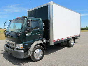 09 international cf 600 diesel box truck