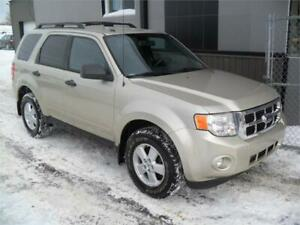 2010 Ford Escape XLT V6 4x4 A1 TRES PROPRE + GARANTIE 3 ans in