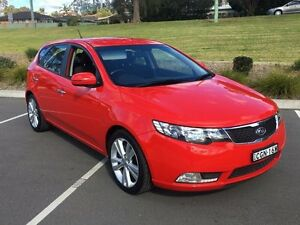 2012 Kia Cerato TD MY13 SLi Red 6 Speed Automatic Hatchback Lisarow Gosford Area Preview