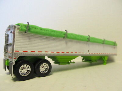 DCP 1/64 SCALE WILSON GRAIN TRAILER (HOPPER BOTTOM)  WHITE /LIME GREEN BOTTOM 4