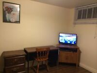 Room for rent in Cresent Heights NW.