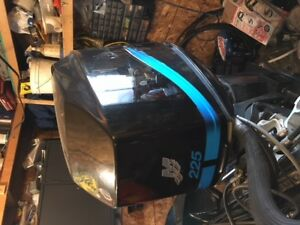 2002 Mercury 225 HP EFI outboard