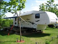 Fifth-Wheel 2007, Pilgrim Model 295RLSS-5