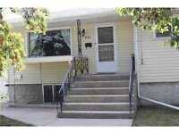 THREE BED ROOM HOUSE FOR RENT CLOSE CHINOOK CENTER SW