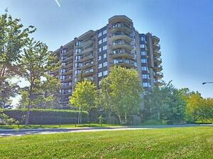 Downtown Hull-Luxury corner unit, breath taking view $1,550 mont
