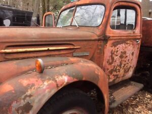 NICE 1946 FORD TRUCK for all original parts project or rat truck