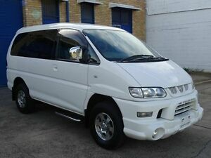 2005 Mitsubishi Delica SPACEGEAR High Roof White 4 Speed Automatic Wagon Taren Point Sutherland Area Preview
