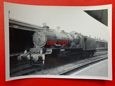 PHOTO  GWR CASTLE CLASS LOCO NO 5002 LUDLOW CASTLE AT READING GENERAL RAILWAY ST
