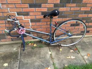 Vintage Road Bike (good condition, working order)