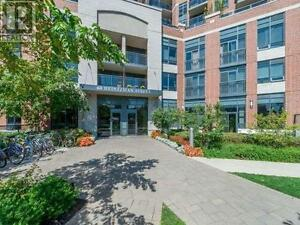 Live In This Sought After Building,1Bed,1Bath,60HEINTZMAN Street