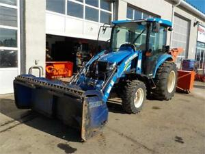 NEW HOLLAND BOOMER 3050 LOADER W/EXTENDABLE BLADE AND SNOWBLOWER