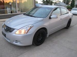 2012 Nissan ALTIMA S 4 door sedan automatic  4 CYL only 104,000