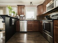 Fully finished 4bed/4bath townhouse in Hampton Village w/ Garage