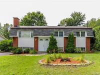 OPEN HOUSE AUG 30th 2-4pm: Fabulous bungalow at a great price