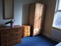 Totterdown house mate wanted for large single room in shared house with good views.