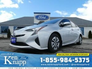 2017 Toyota Prius Technology- HATCHABACK- ONLY 18,117 KM
