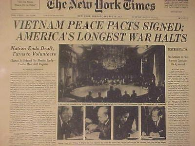 VINTAGE NEWSPAPER HEADLINE ~CEASE-FIRE SIGNED ARMY BATTLE VIETNAM PEACE WAR ENDS