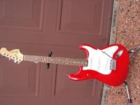 FENDER SQUIER AFFINITY STRATOCASTER TORINO RED