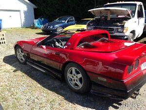 1987 Red Corvette 100% restaured
