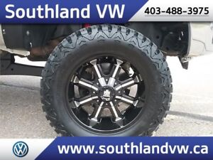 2013 Ford Super Duty F-250 4x4   **LIFTED**