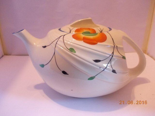 Antique Art Deco T-Flow Teapot