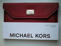"MICHAEL KORS Slim Sleeve for Apple Macbook Air 11"" Red Saffiano"