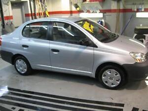 2005 Toyota Echo Berline - Vente rapide - 1800$ négociable