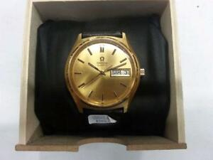 Omega Watch for sale. We sell used goods. 104439