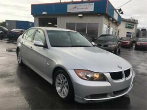 BMW 323i 2008 AUTO / AC / MAGS / CUIR / BLUETOOTH / IMPECCABLE !