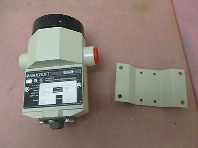 New AMAT 1270-01110 Ashcroft SW ASSY, DUAL PRESSURE W/XDUC